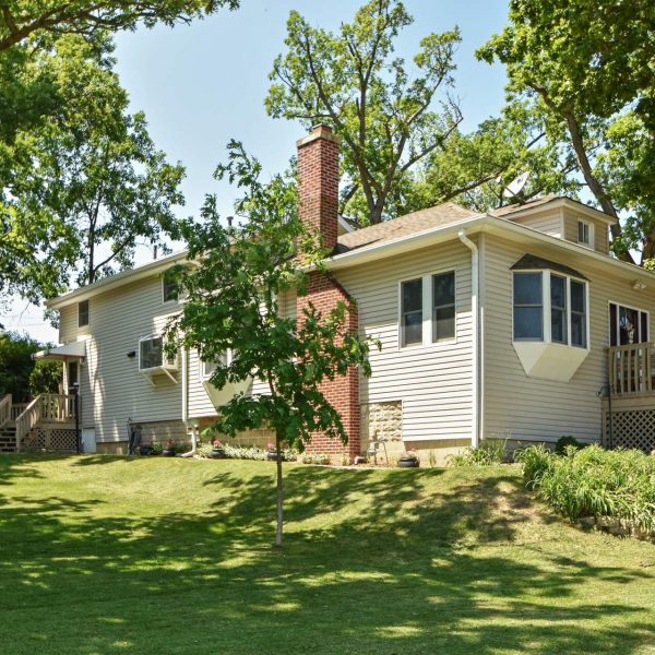 Old Orland Beauty with Fabulous Yard!